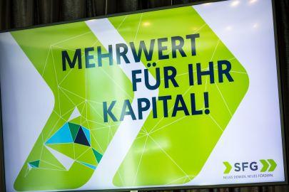 """Bildschirm mit """"Mehrwert für Ihr Kapital!"""""""