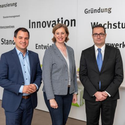 Michael Schickhofer, Landesrätin Barbara Eibinger-Miedl und SFG-Geschäftsführer Christoph Ludwig