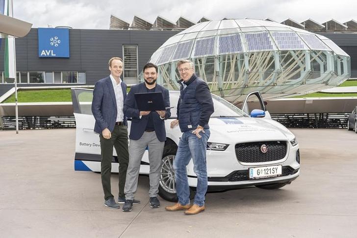 Das Pilotprojekt in den USA erfolgreich absolviert: Leftshift One-Vice President Stefan Schmidhofer, Leftshift One-CEO Patrick Ratheiser und AVL-Manager Gerhard Schagerl (v. l.)